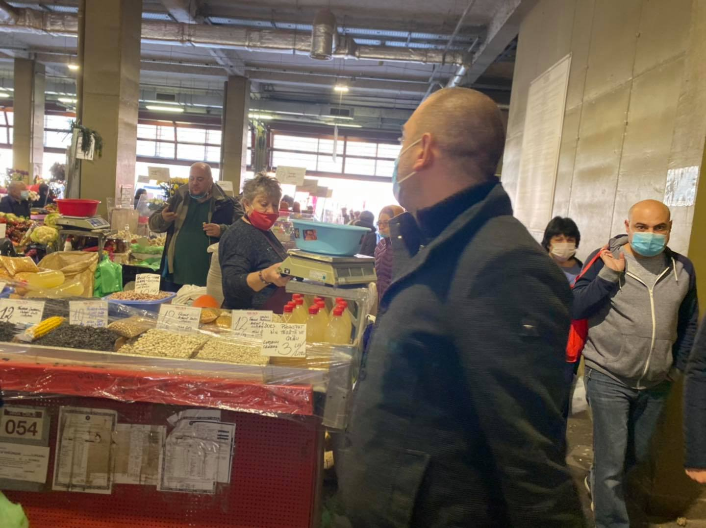 Piaţa Obor din Capitală va rămâne deschisă în perioada următoare; Primarul Sectorului 2, Radu Mihaiu, face urmatoarele precizari; stiri agricole