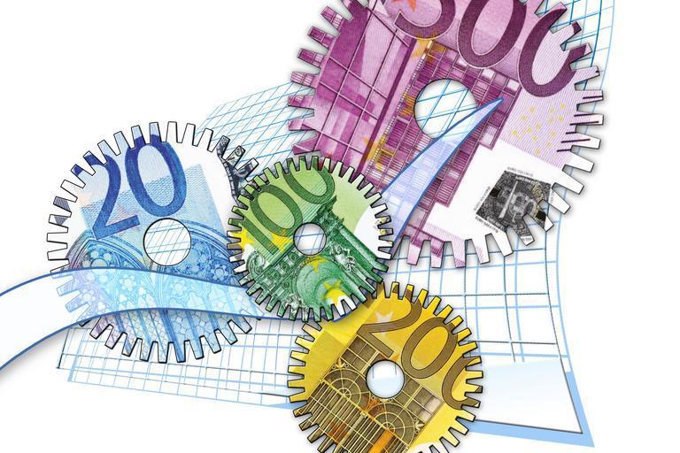 AFIR pregăteşte 2,15 miliarde de euro pentru perioada 2021-2022; bani noi cu reguli vechi; Mihai-Liviu Moraru, directorul general al AFIR; stiri agricole