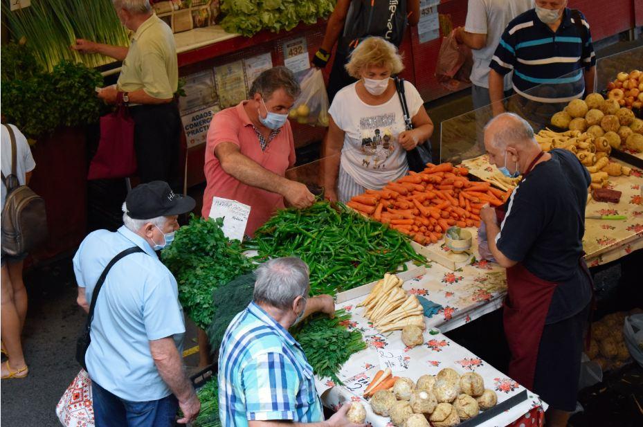 Situația piețelor agroalimentare din România; Doar 27 de pieţe au rămas închise, adică 5,25%; primarii au găsit soluţii; stiri agricole