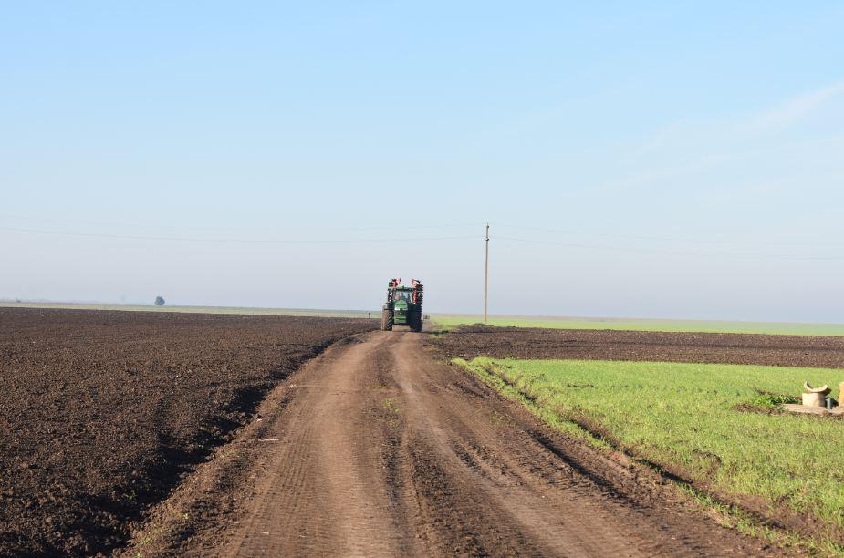 Fermierii mici și mijlocii cred mai mult in reforma agricolă; 38% dintre fermieri sunt conștienți de noile politici PAC; stiri agricole