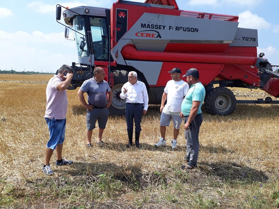 Petre Daea adresează conducerii MADR câteva întrebări esențiale; activitatea din agricultură este continuă și nu se poate opri; stiri agricole