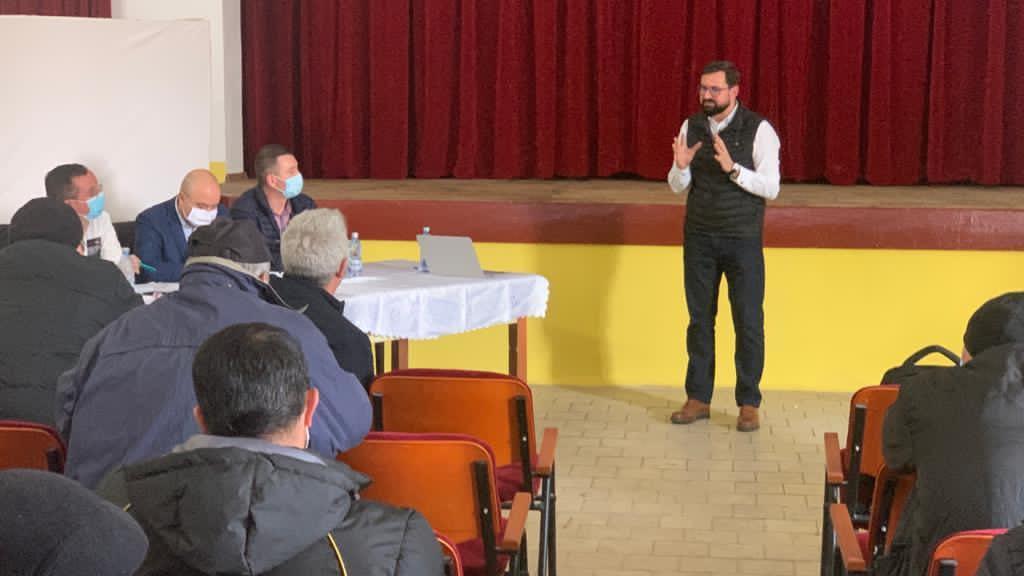 PSD depune moțiune simplă împotriva ministrului Adrian OROS. Fermierii ies în stradă!