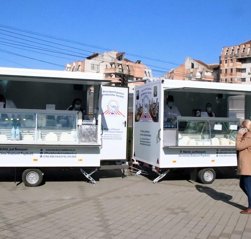Moldoovis mai cumpară patru rulote pentru fermieri. La această piață volantă să vină doar producători. Asociatia Moldoovos. Stiri agricole